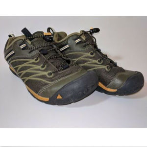 Keen Youth Chandler Cnx Dark Olive Bungee Lace